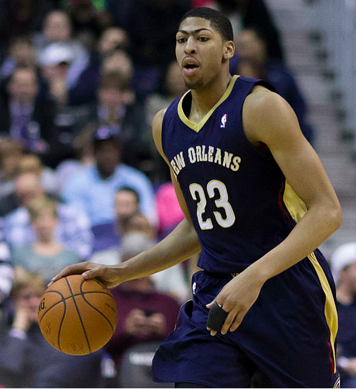Two Big Questions For Evaluating The Lakers' Anthony Davis Gamble